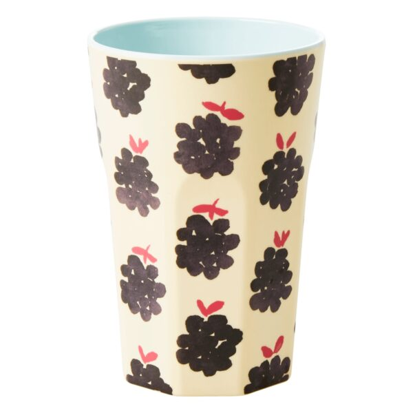 Blackberry latte cup